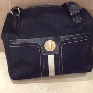 Tommy Hilfiger purse with brown stitching